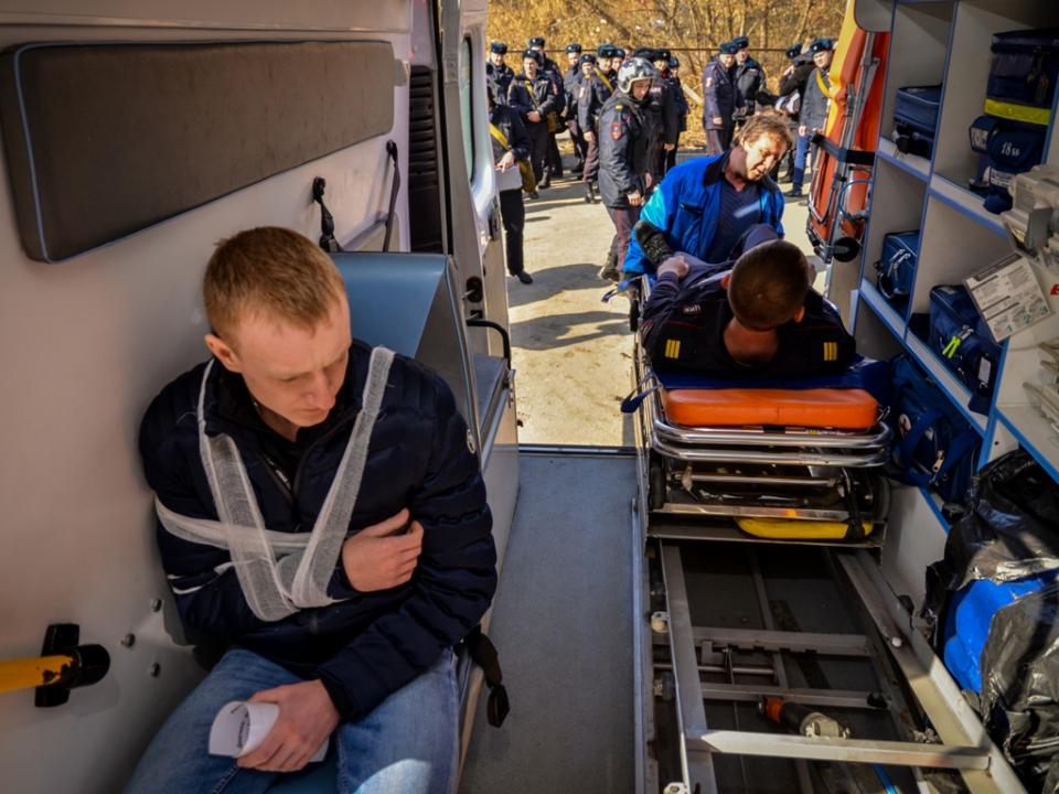 Оказание помощи пострадавшим