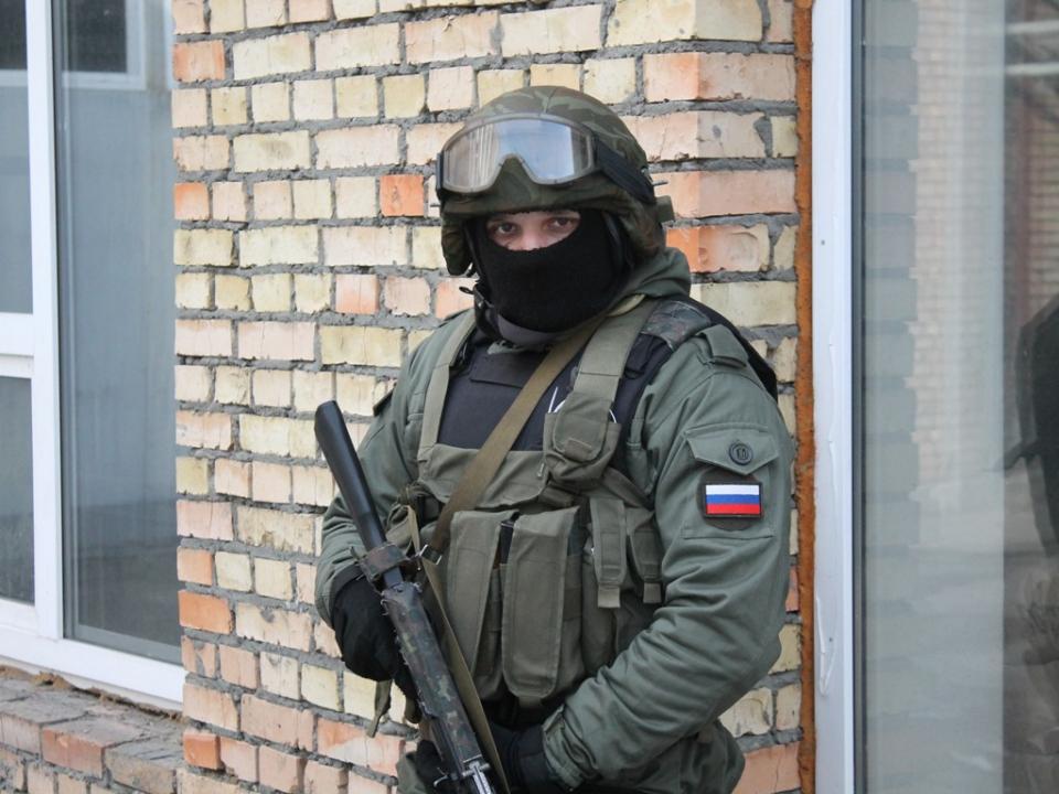 Сотрудник группы охраны оперативного штаба