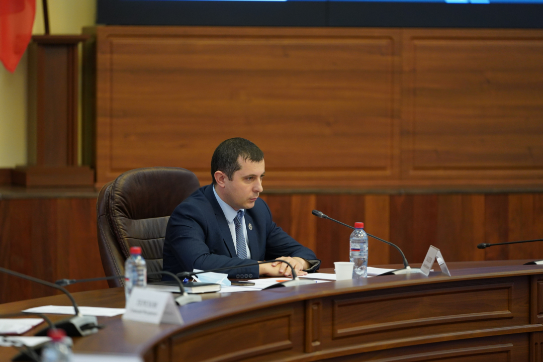 Участник заседания – врио руководителя аппарата АТК Д.В. Балдуев