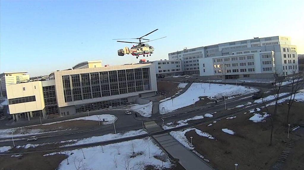 Вертолет Ка-27 выполняет отвлекающий маневр