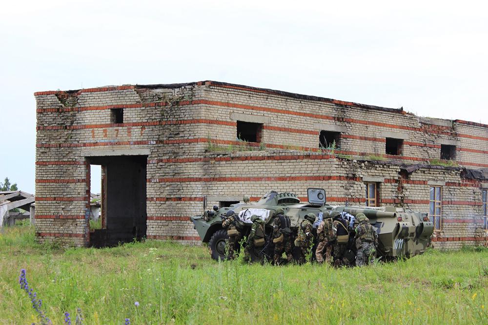 Тактико-специальное антитеррористическое учение в Республике Мордовия: проведение спецоперации по нейтрализации террористов