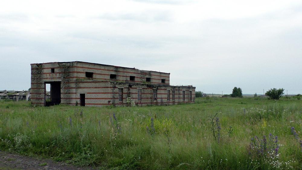 Тактико-специальное антитеррористическое учение в Республике Мордовия: общий вид здания с находящимися внутри террористами