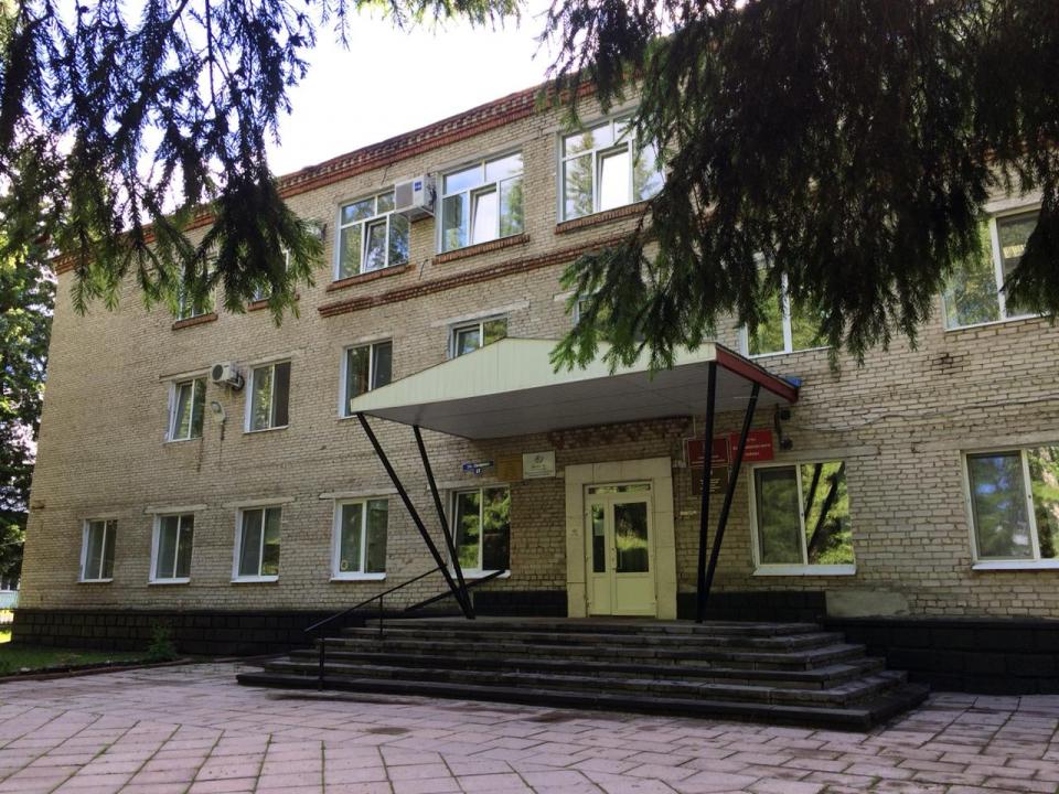 Здание Администрации Кожевниковского района