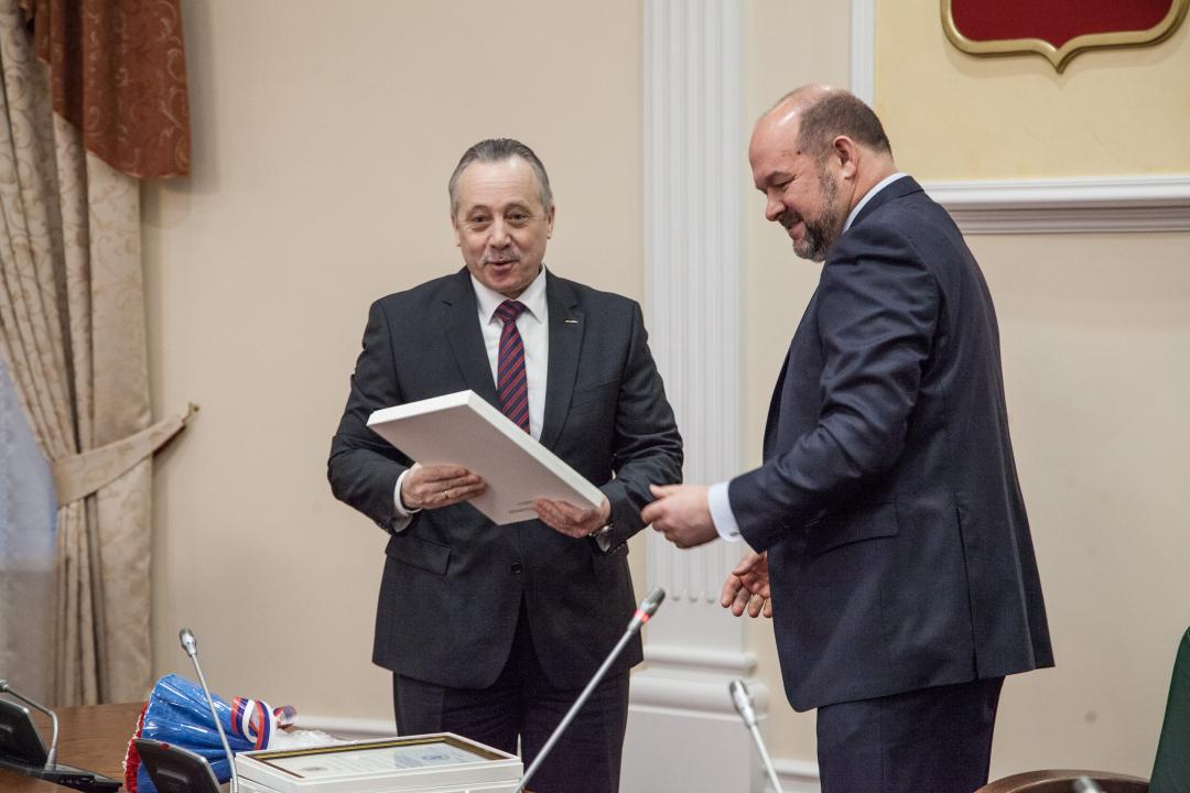 Награждение главы муниципального образования «Северодвинск» Гмырина Михаила Аркадьевича