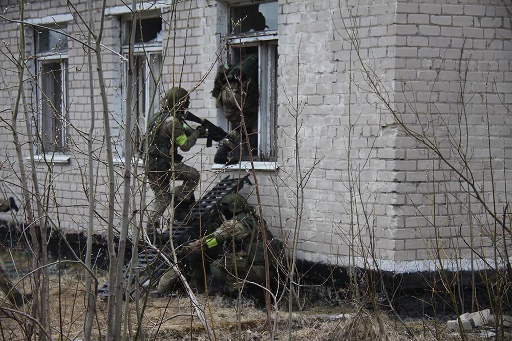 Штурм захваченного здания
