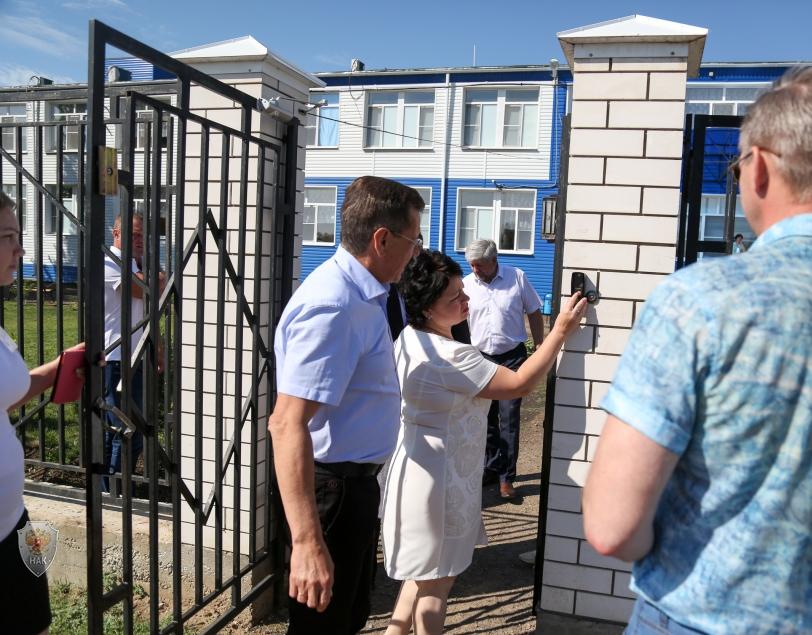 Прошло выездное расширенное заседание антитеррористической комиссии Астраханской области