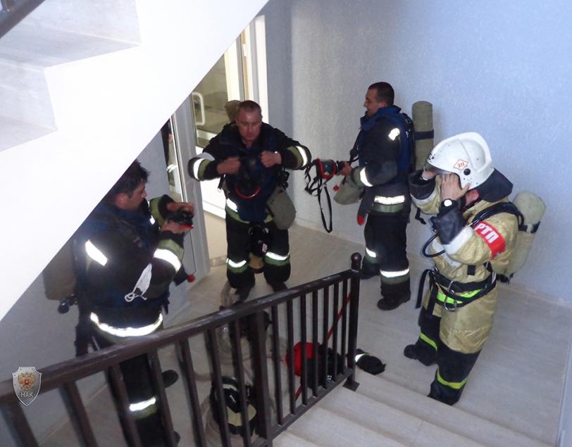 Тушение условного очага возгорания на 2 этаже спортивного комплекса
