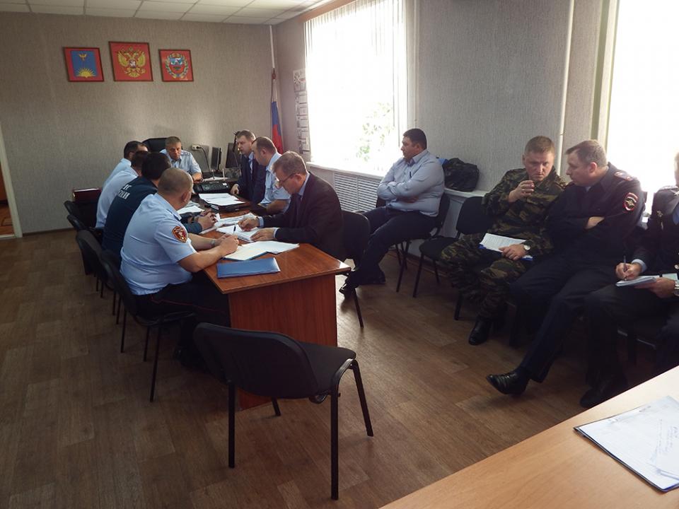 В Заринске под руководством оперативного штаба в Алтайском крае проведено командно-штабное учение по пресечению условного террористического акта