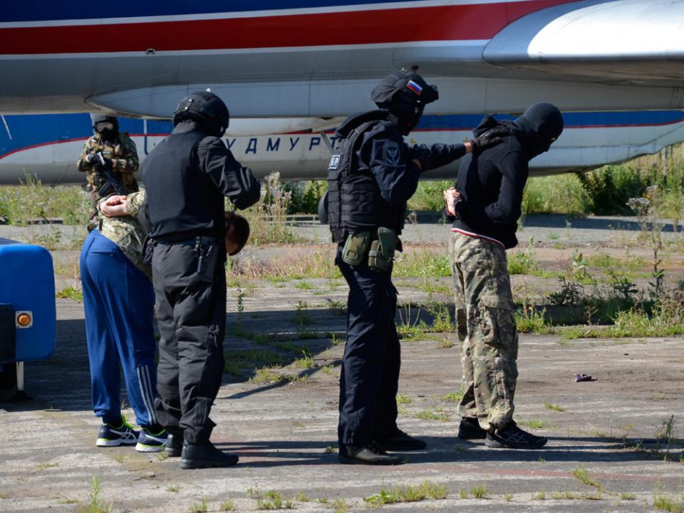 Оперативным штабом в Удмуртской Республике проведено антитеррористическое тактико-специальное учение «Метель – Набат 2018»