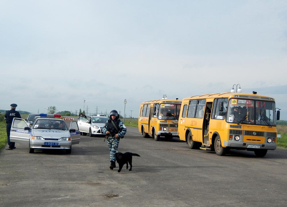 Обследование кинологической службой места развертывания группировки оперативного штаба в Тамбовской области