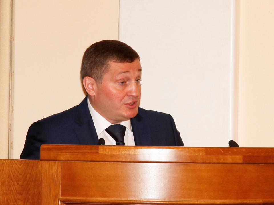 С докладом выступает председатель АТК в Волгоградской области, губернатор Волгоградской области А.И. Бочаров