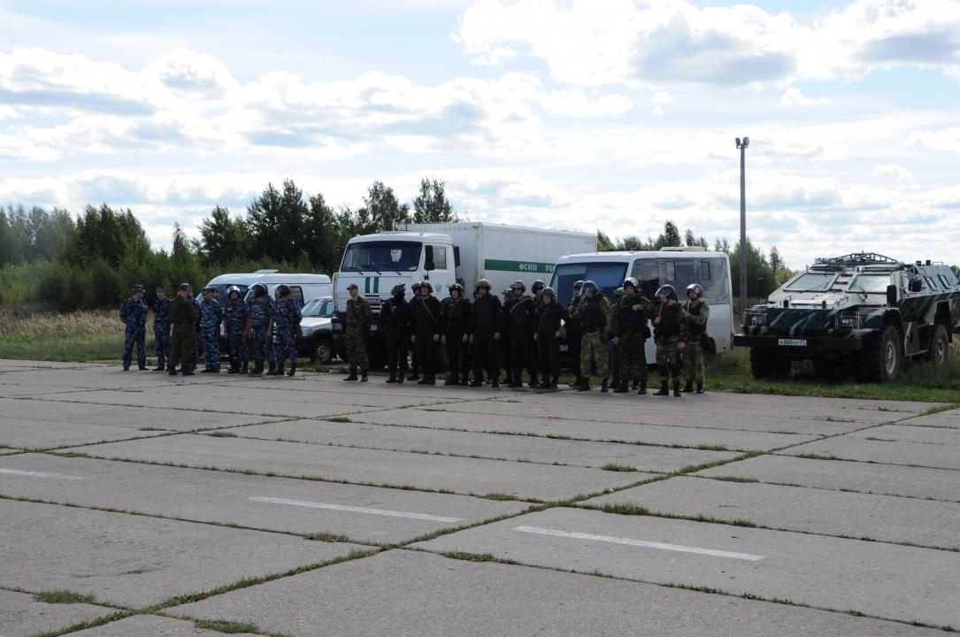 На территории Приволжского района прошли тактико-специальные учения «Вихрь-2018»