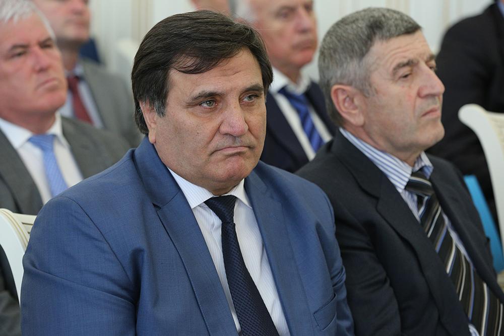 Министр транспорта, энергетики и связи Республики Дагестан Сайгидпаша Умаханов