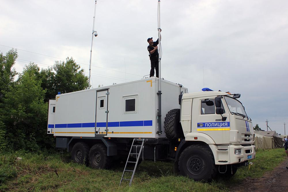 Тактико-специальное антитеррористическое учение в Республике Мордовия: развертывание комплекса связи