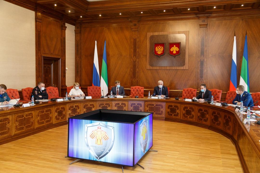Проведено совместное заседание антитеррористической комиссии и оперативного штаба в Республике Коми