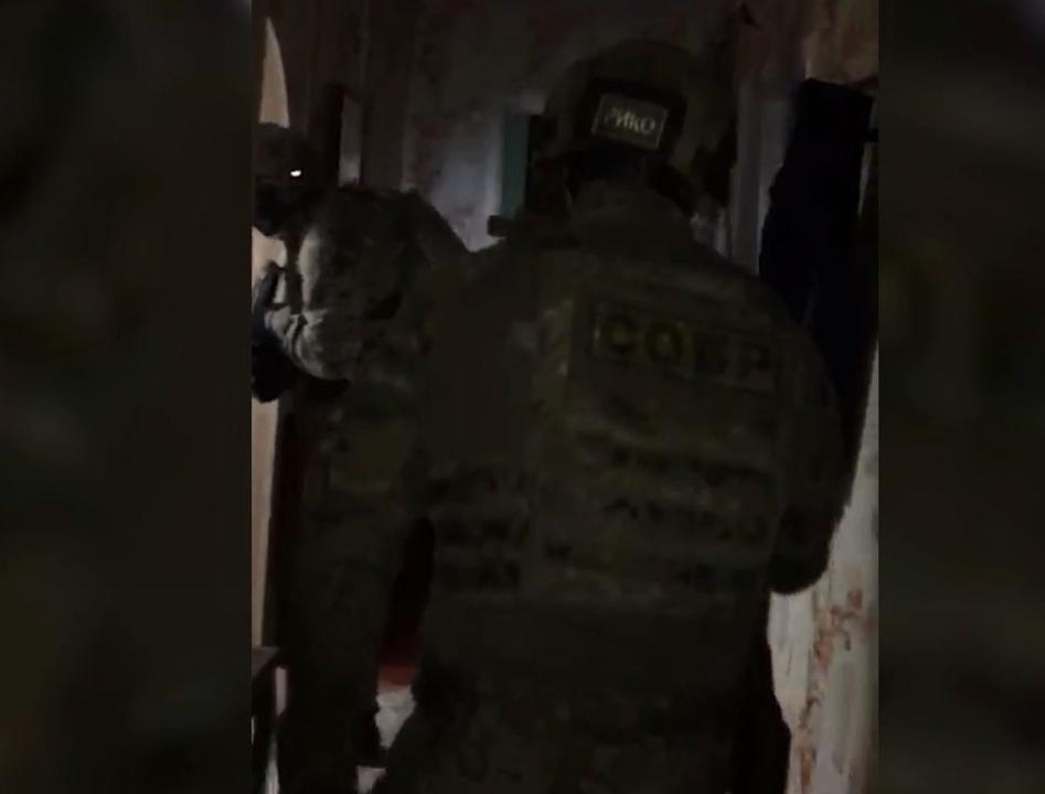 ФСБ России в ряде регионов задержаны 13 российских граждан, планировавших массовые убийства