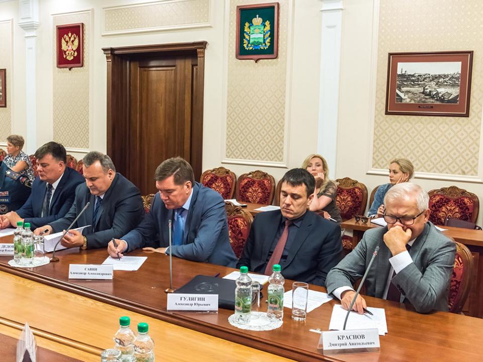 Участники заседания Антитеррористической комиссии в Калужской области