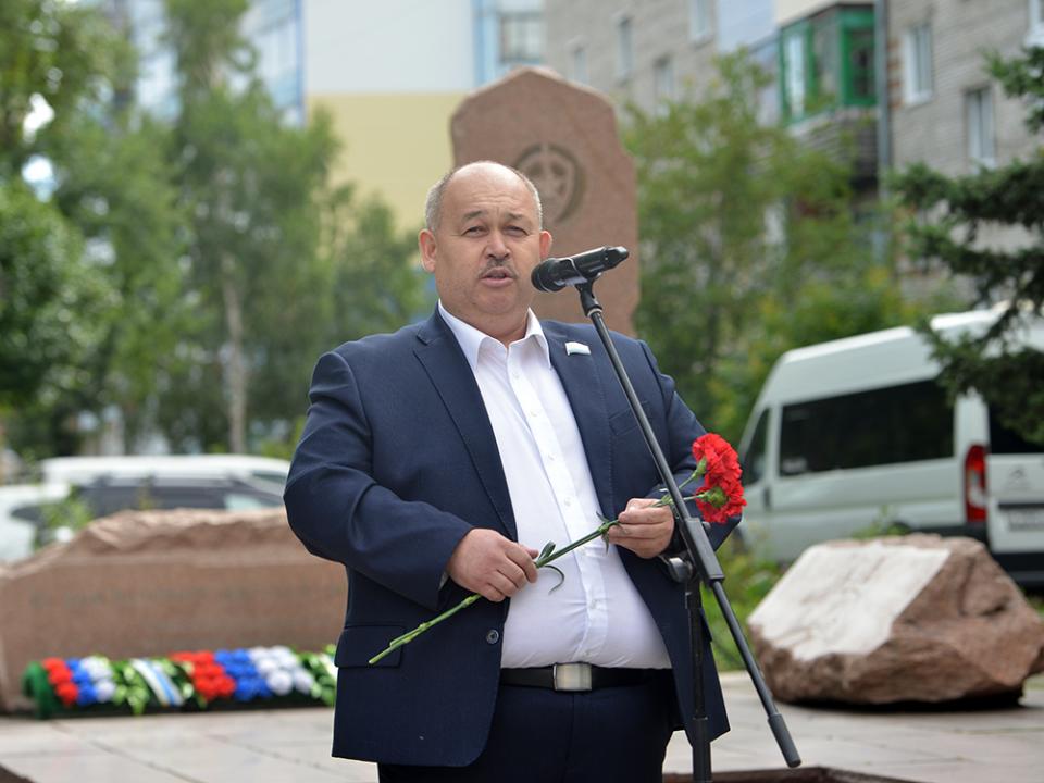 Выступление председателя регионального отделения межрегиональной общественной организации «Союз десантников» Аскара Тулебаева.