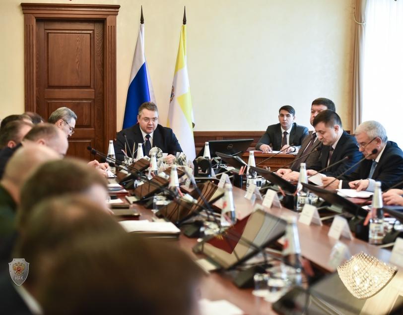 Губернатор Cтаврополья провел совместное заседание краевой антитеррористической комиссии и оперативного штаба в ставропольском крае