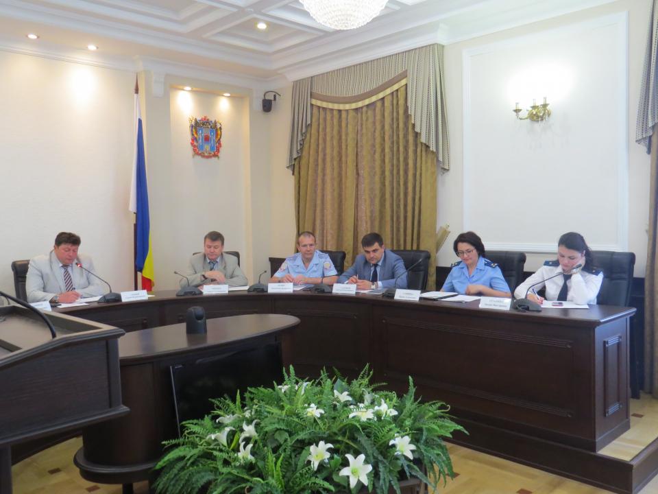 Круглый стол по вопросам освещения тем противодействия коррупции, терроризма и экстремистской идеологии в средствах массовой информации