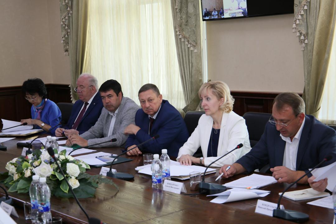 Выступление заместителя Председателя Правительства Республики Алтай, министра финансов Республики Алтай о выделении дополнительных денежных средств для повышения антитеррористической защищенности объектов образовательной сферы