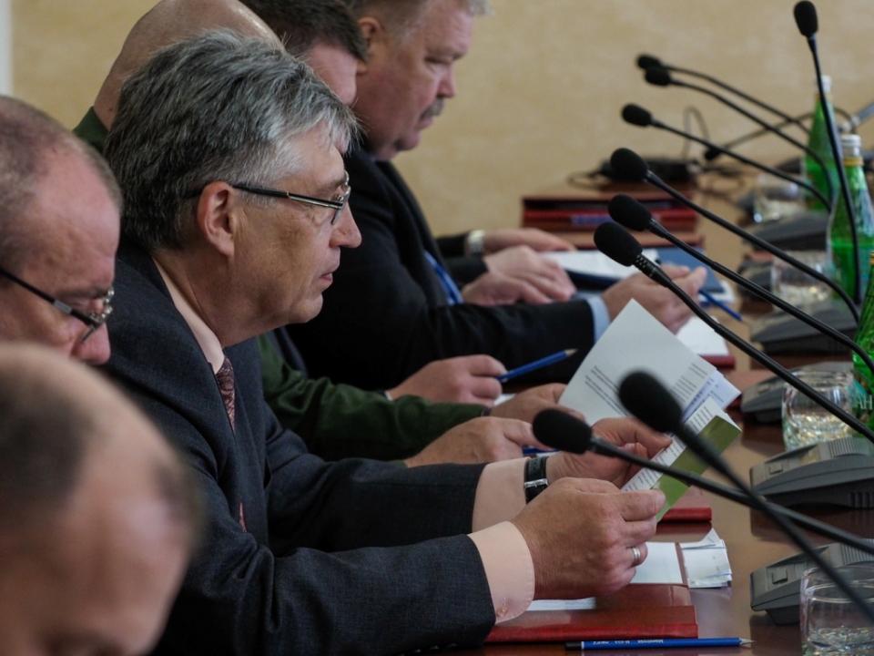 Обсуждение проекта решения комиссии.