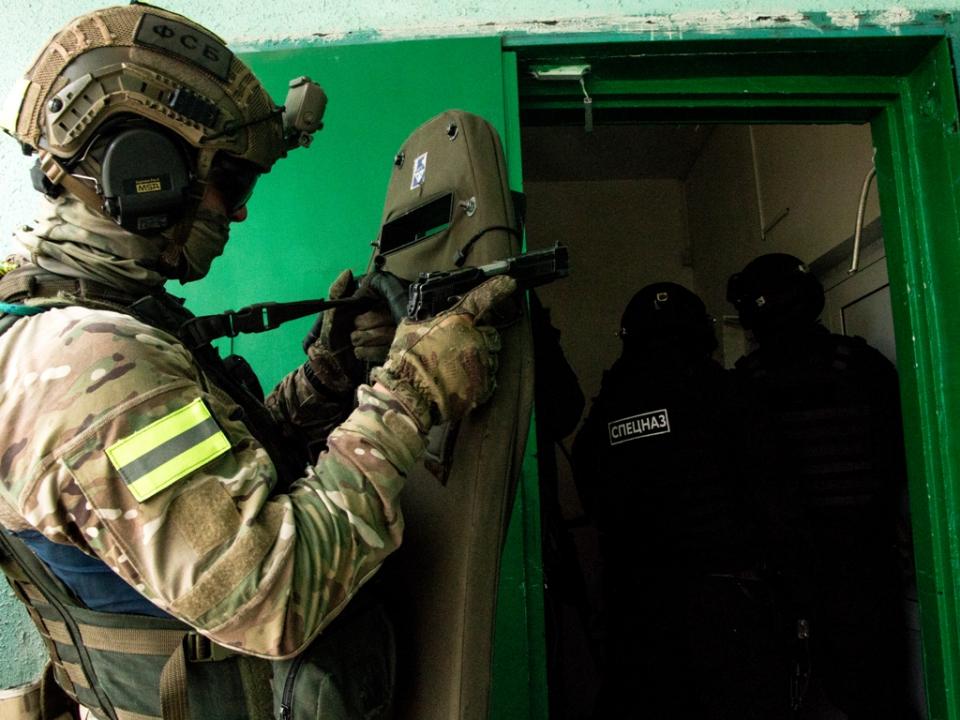 Подготовка спецназа к штурму