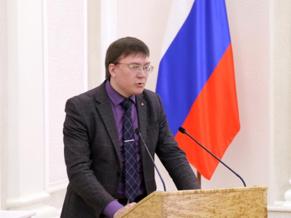 Проректор Петрозаводского ГУ Василий Катаров