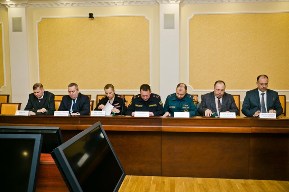 Члены антитеррористической комиссии