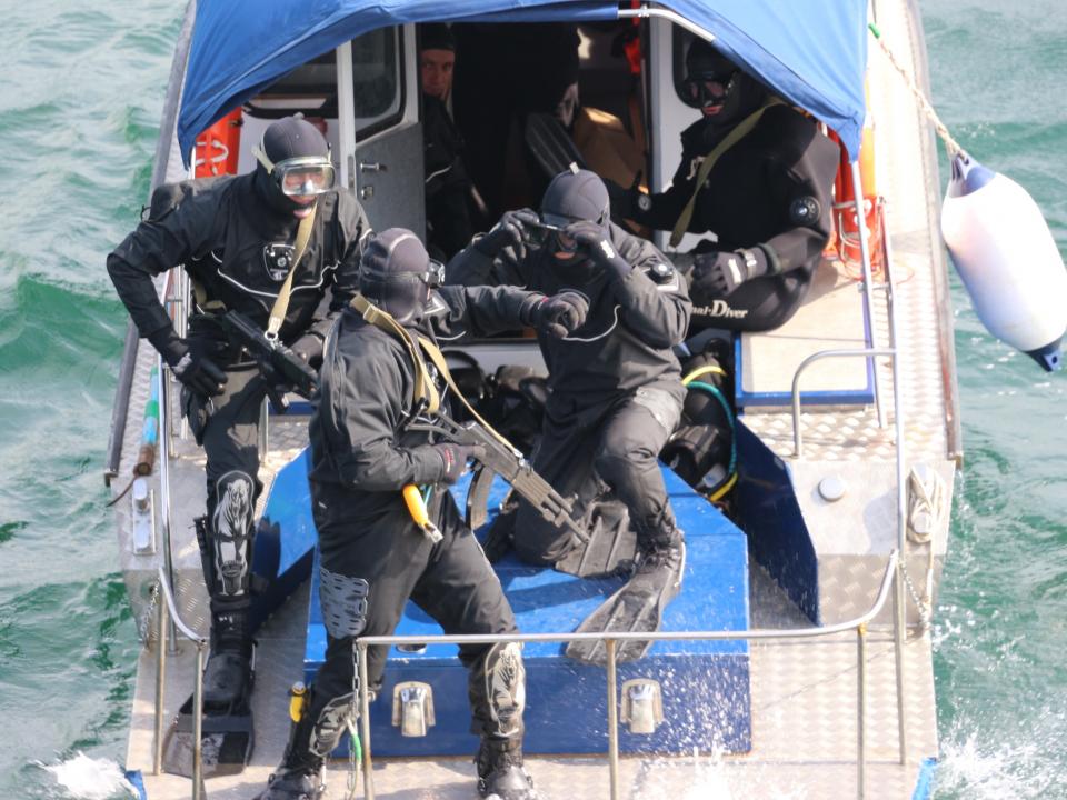 Совместное антитеррористическое учение Оперативного штаба в морском районе (бассейне) в г.Петропавловск-Камчатский и Оперативного штаба в Магаданской области