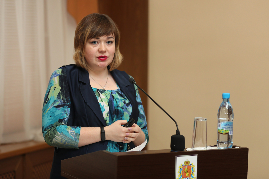 Выступление председателя комитета по социальной политике Яниной Е.В.