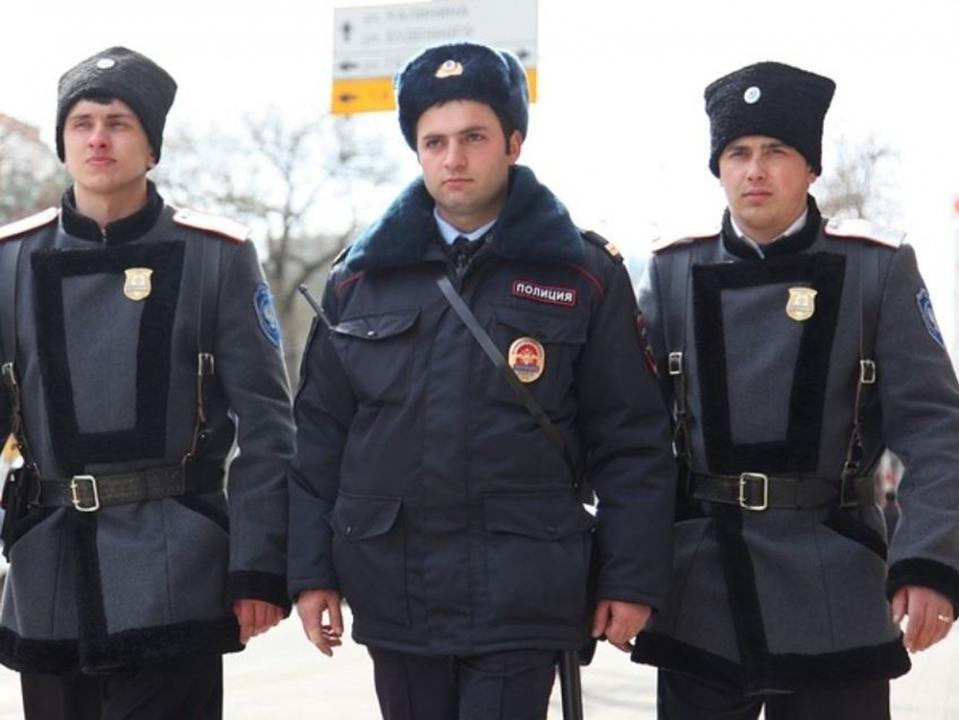 По словам вице-губернатора Н. А. Долуды, более 1,7 тысяч казаков будут участвовать в охране общественных территорий