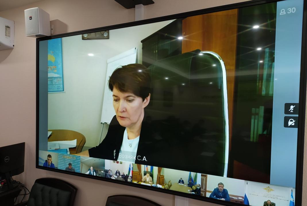 Выступление первого заместителя директора Департамента образования и молодежной политики Ханты-Мансийского автономного округа – Югры (Возняк Снежана Александровна) по вопросу