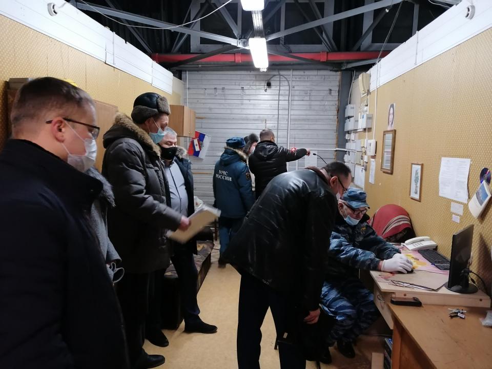 В Саранске продолжается проверка состояния антитеррористической защищенности торговых комплексов
