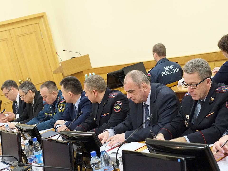 Члены антитеррористической комиссии в Кировской области и оперативного штаба в Кировской области