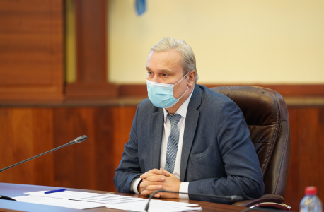 Докладчик – заместитель министра спорта Иркутской области П.А. Богатырев
