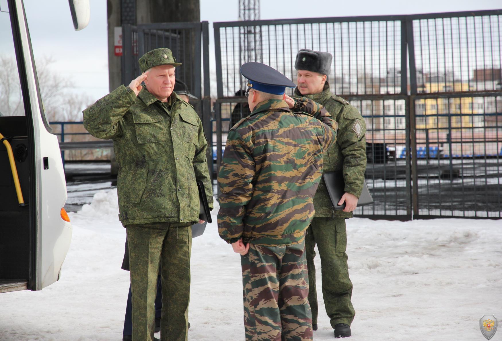 Руководитель оперативного штаба в Республике Карелия генерал-майор Барышев А.А. прибыл в район проведения учения