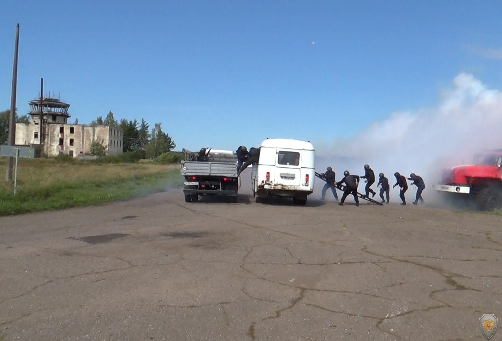 Оперативным штабом в Новгородской области проведено тактико-специальное учение под условным наименованием «Метель-2018»