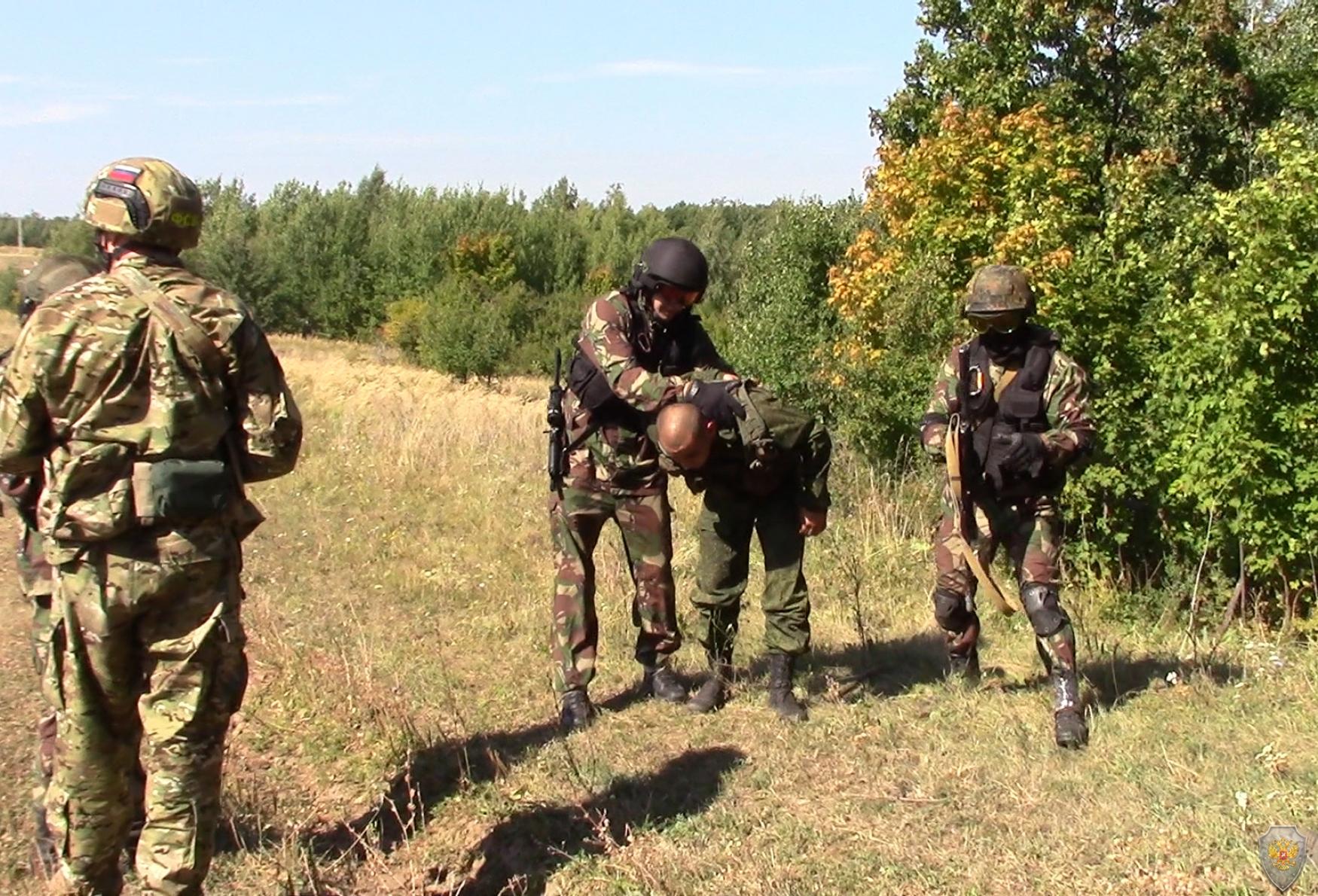 Оперативным штабом в Саратовской области проведены антитеррористические тактико-специальные учения
