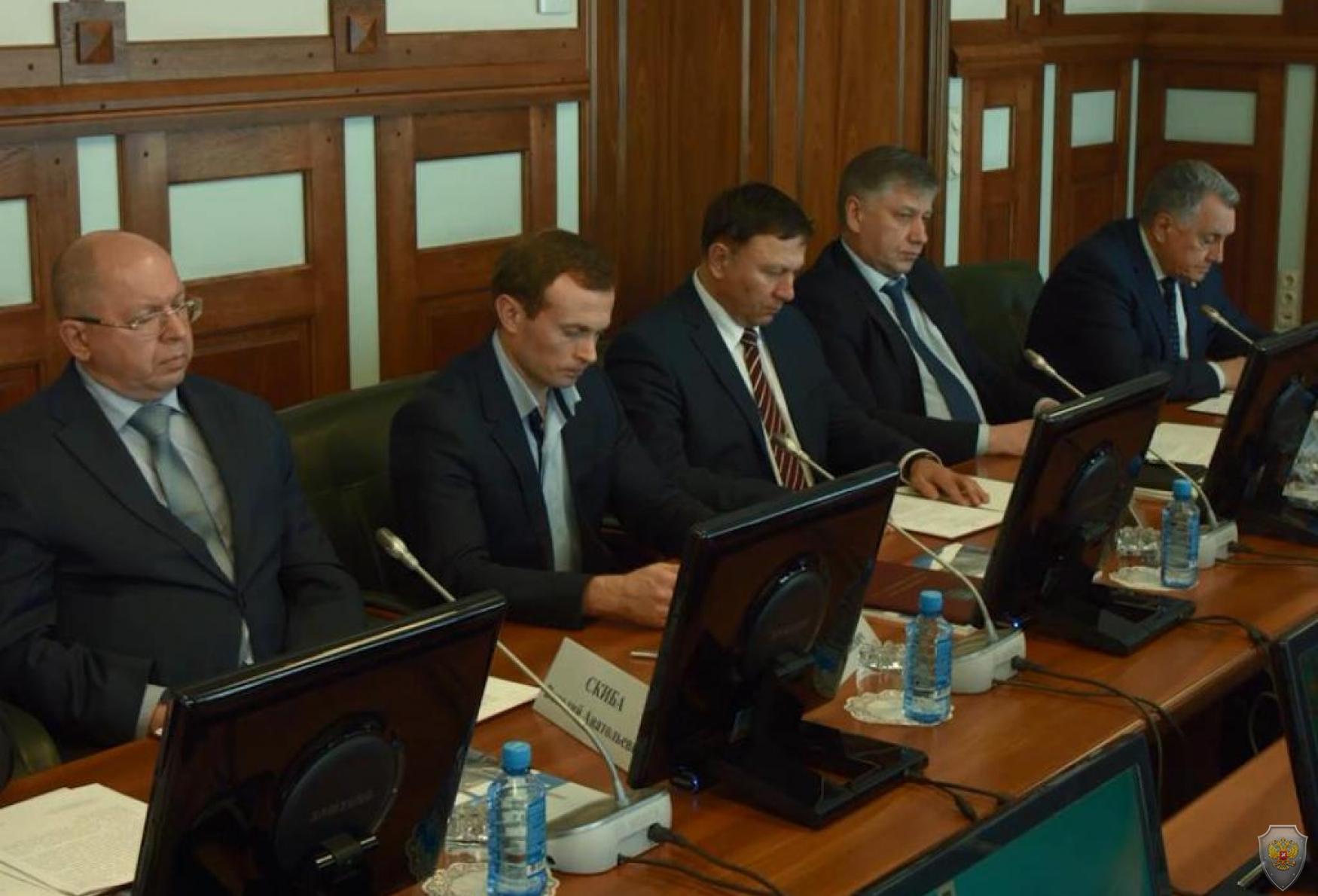 В заседании комиссии приняли участие вице-губернаторы края