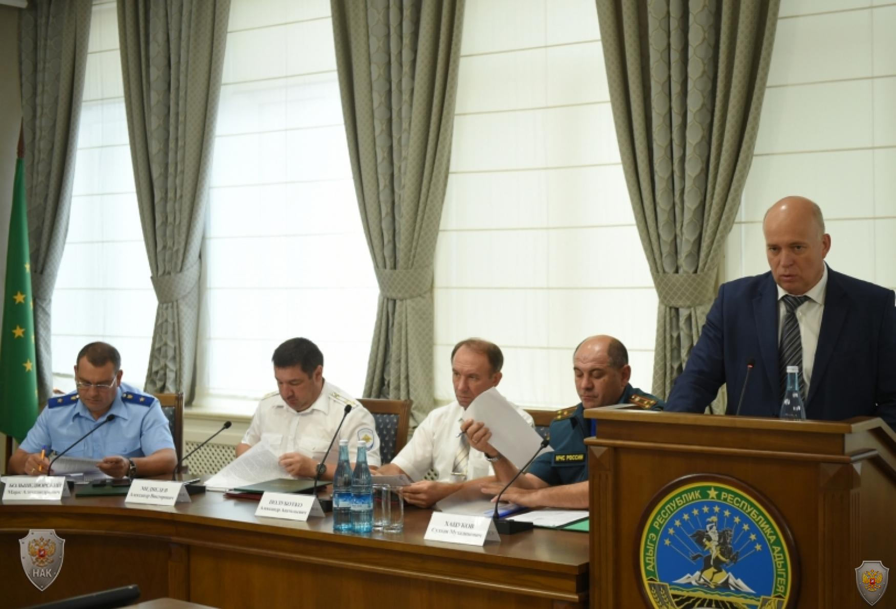 В Республике Адыгея обсудили готовность к безопасному проведению «Дня знаний»