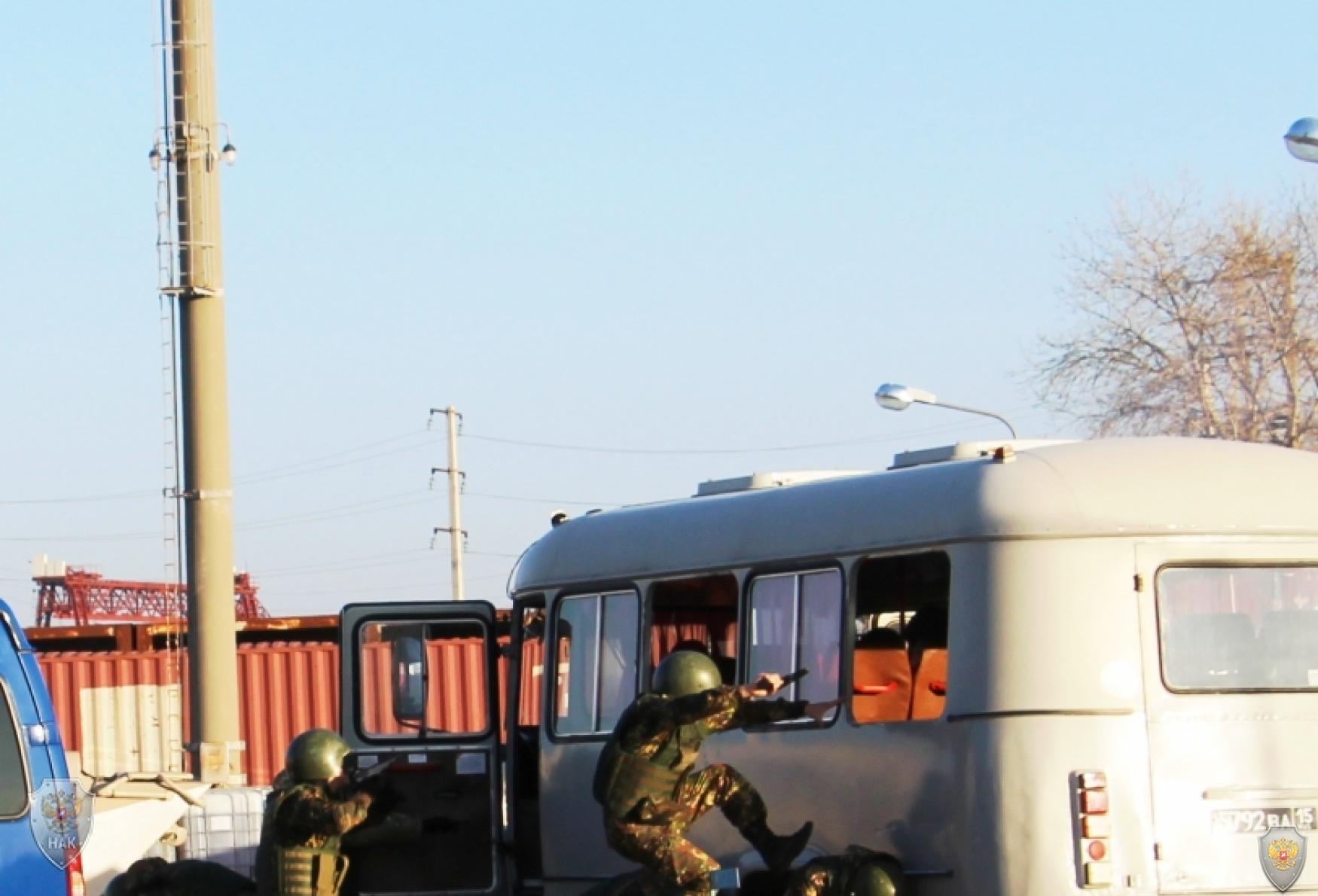 В Ростовской области  проведены антитеррористические учения по пресечению террористического акта на радиационно-опасном объекте