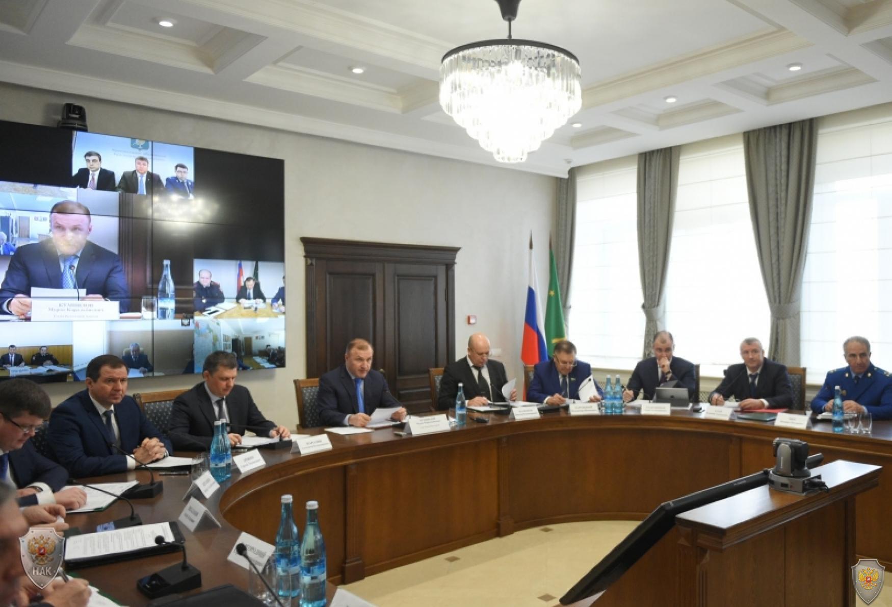 Открытие совместного заседания антитеррористической комиссии и Оперативного штаба в Республике Адыгея