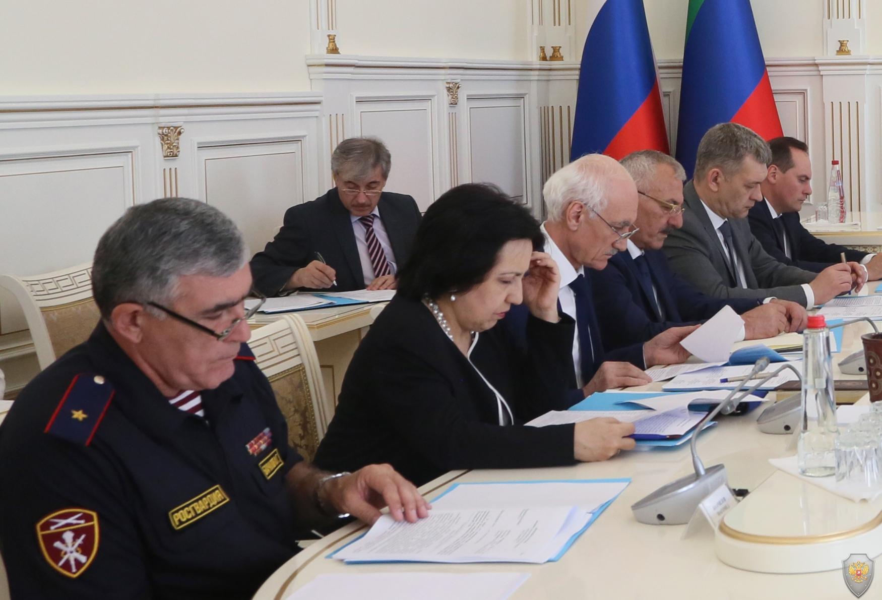 Врио Главы Дагестана Владимир Васильев провел заседание АТК в республике