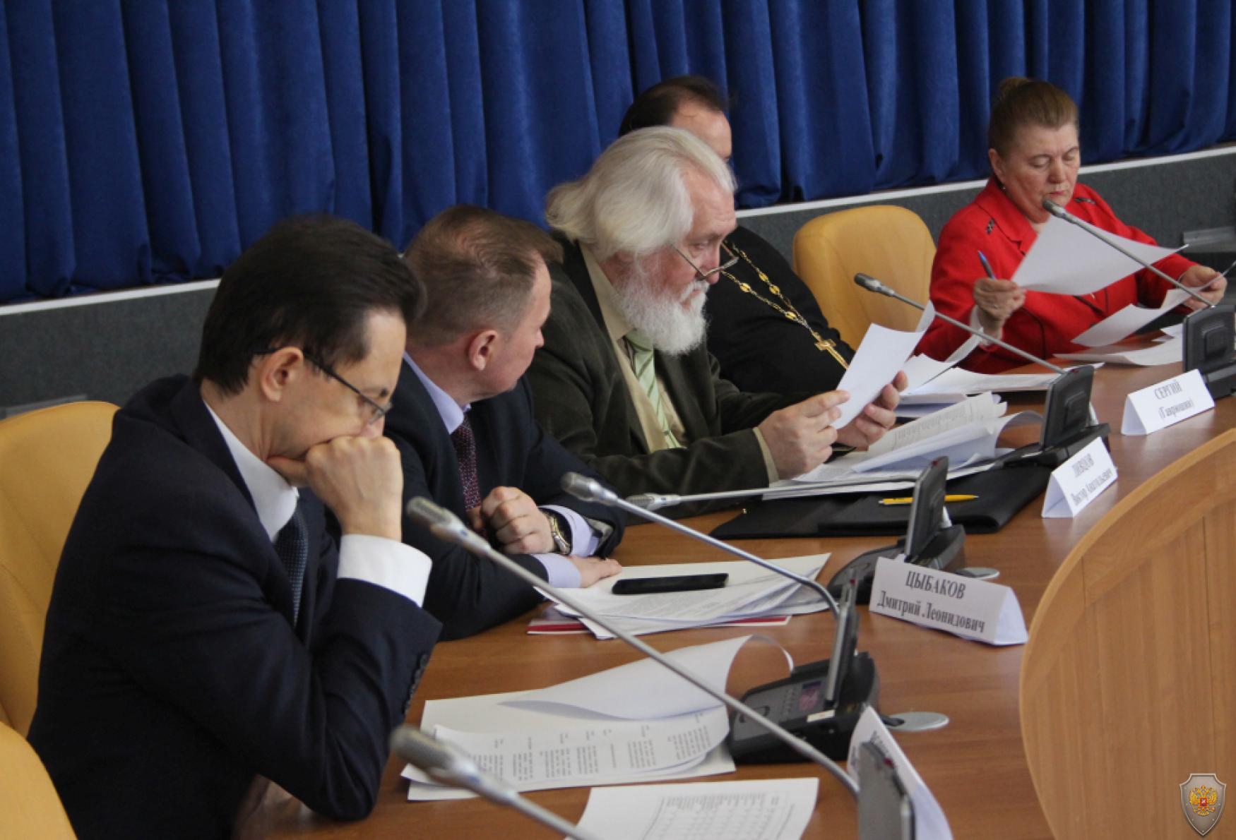 Члены Экспертного совета по выработке информационной политики в сфере профилактики терроризма в Орловской области