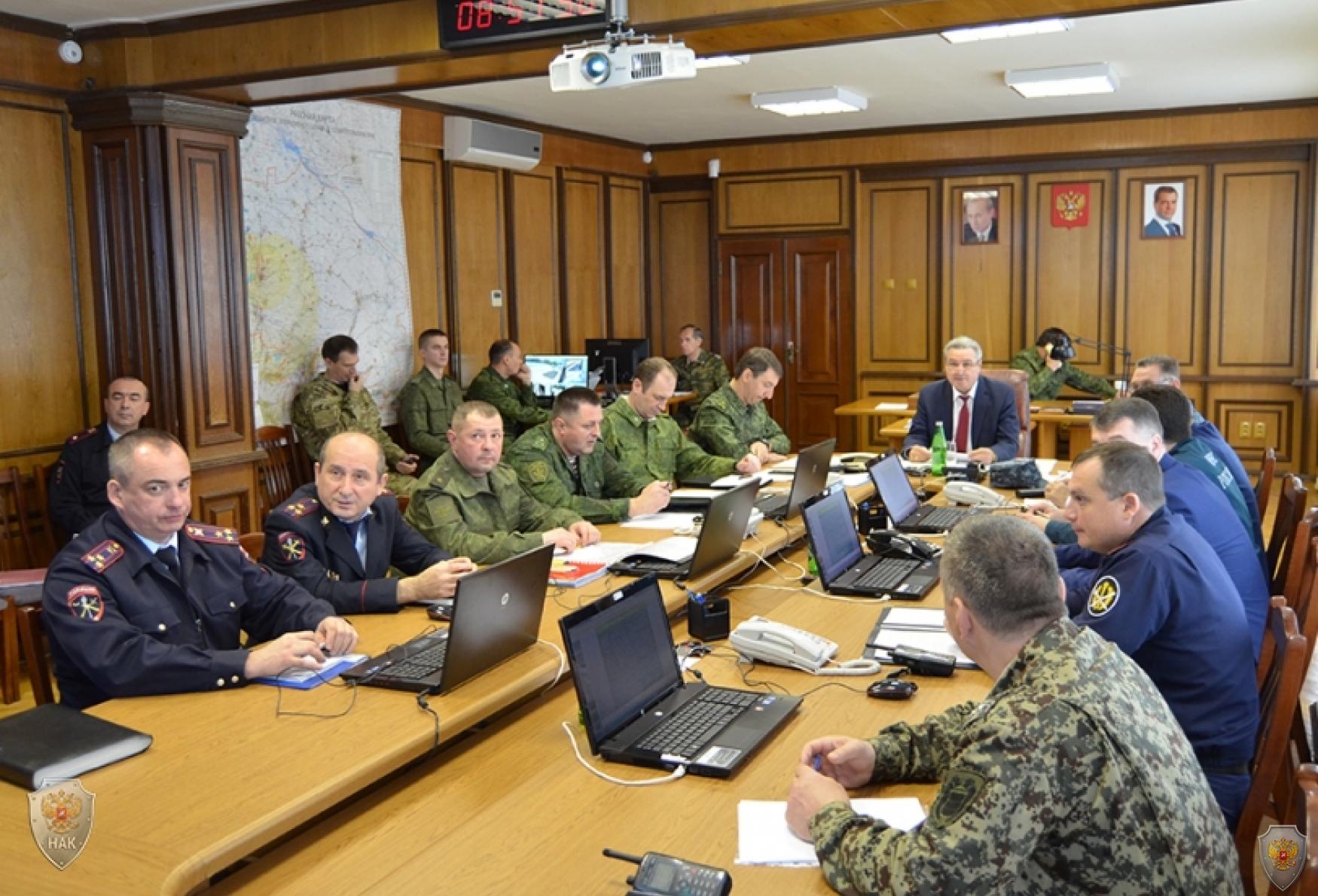 Проведение экстренного заседания оперативного штаба в Ставропольском крае. Осуществление руководства мероприятиями контртеррористической операции