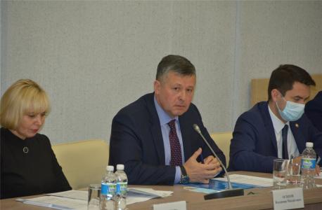 Заслушивается министр транспорта и дорожного хозяйства Чувашской Республики Осипов Владимир Михайлович.