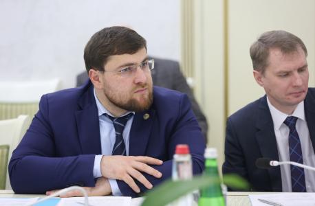 Врио главы г. Махачкала М. Алиев