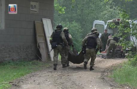 Транспортировка раненного заложника для оказания медицинской помощи функциональной группой медицинского обеспечения
