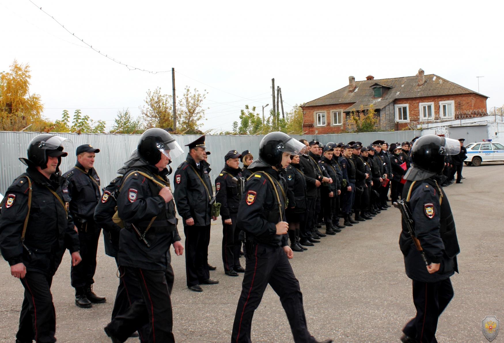 Выдвижение выделенных сил и средств МОМВД России «Кирсановский» к месту совершения «террористического акта»